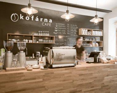 Chytrá zeď jako nedílná součást restaurací a kaváren